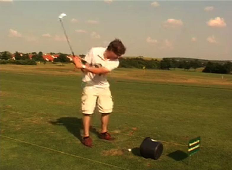 Peter beim golfen!
